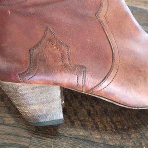 Isabel Marant Shoes - Isabel Marant Bootie! Preloved. Size 39
